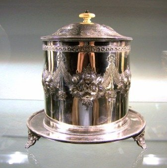 10: c.1900 Silverplated Biscuit Barrel