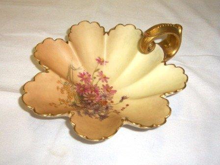 14: 1897 Royal Worcester Single Handled Leaf Dish