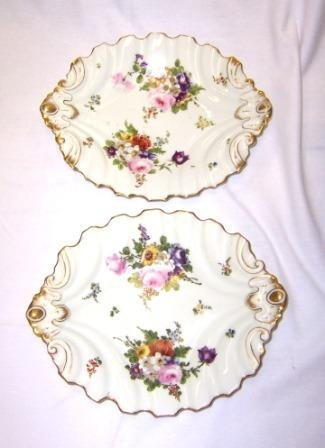 18: 2 Oval Early 19th C China Dessert Dishes