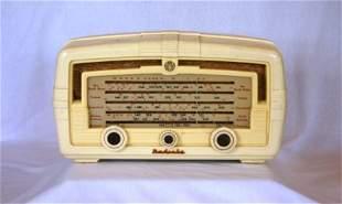 AWA Radiola Cream Bakelite Mantel Radio. Overhauled.