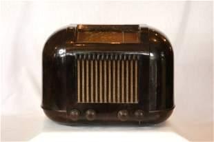 c.1930'Skriesler Brown Bakelite Mantel Radio. Overh