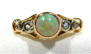 18ct Yellow Gold Dress Ring. Set with central opal