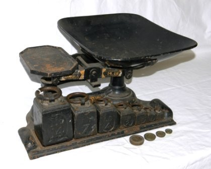 16: Early Cast Iron Set Shop Scales. By 'Young, Son, &