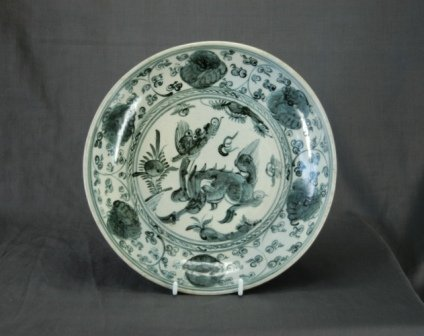 1015: Chinese Early Ming Bowl. Blue and white dec. with