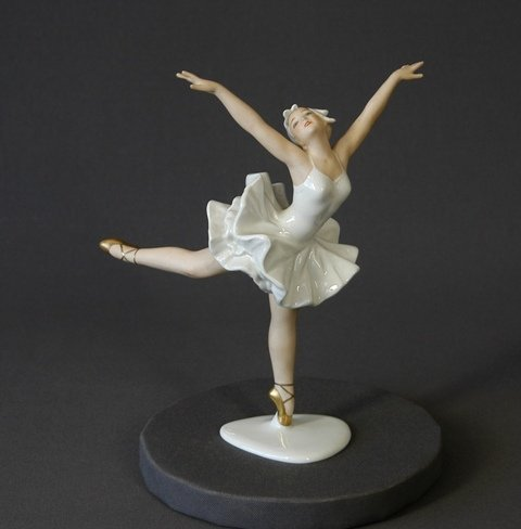 461: Wallenberg Porcelain Ballerina Figure.