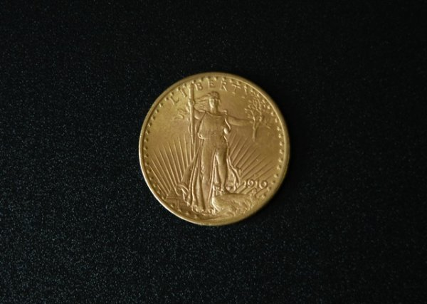 690: 1910 U.S. $20 Gaudens Liberty Eagle Gold Coin.  Ab