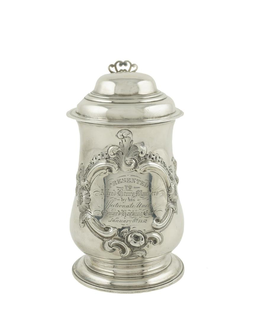 An English silver tankard London, 1757 peso 850 gr.