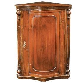 A walnut corner cupboard Italy, 20th century 100x68x43