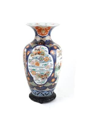 A pair of porcelain vases oriental manufacture, 20th