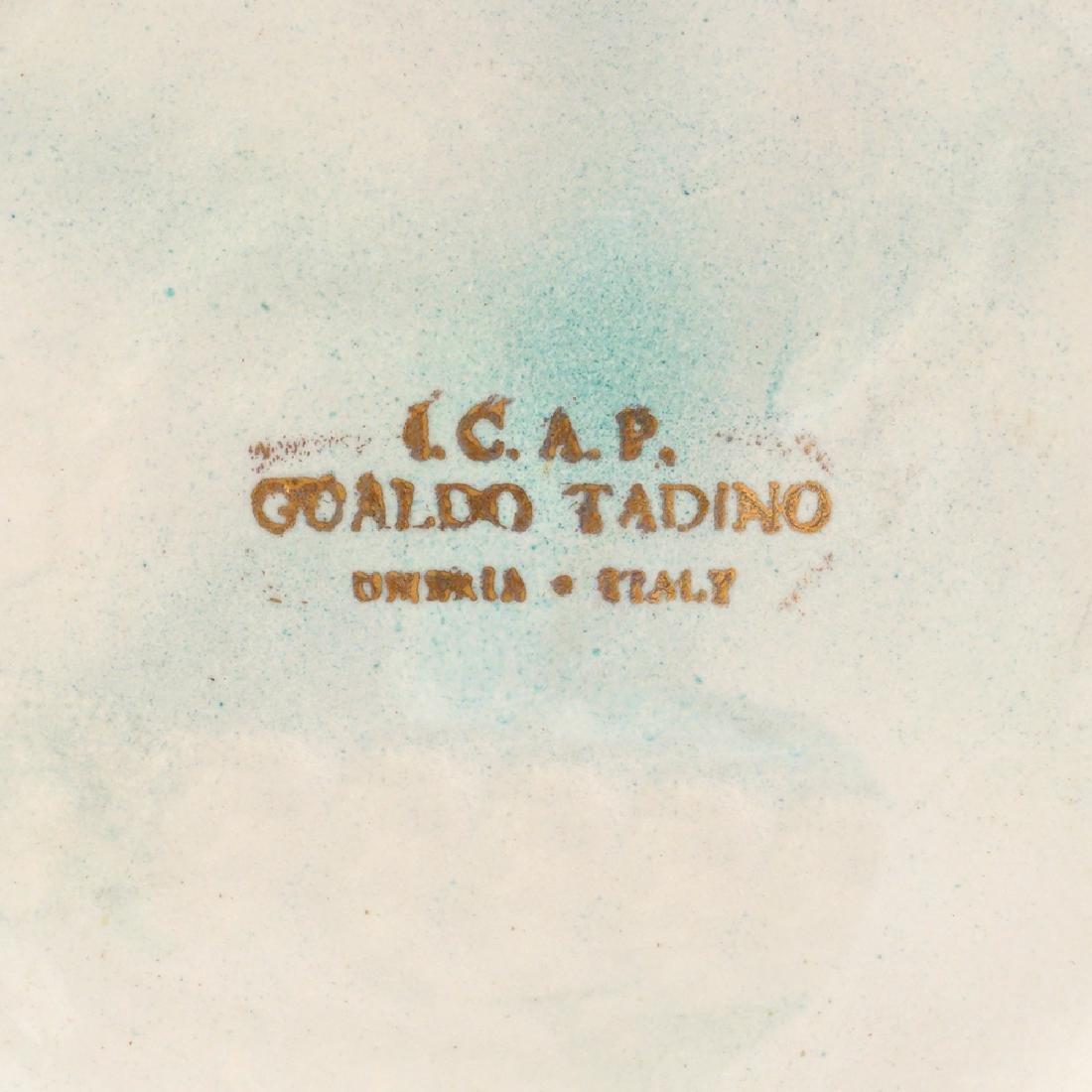 A ceramic vase Gualdo Tadino 20th century 29x11.5 cm. - 2