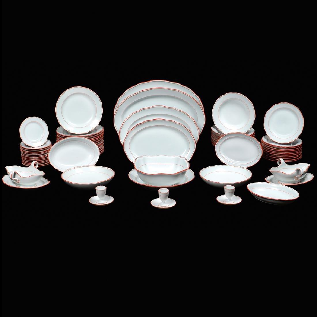 A Meissen porcelain service (68) 1924 - 1934