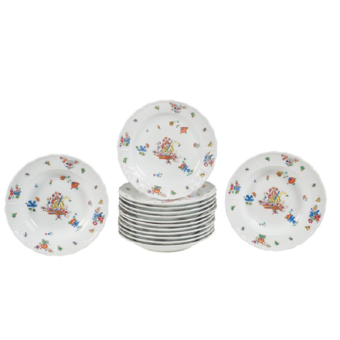 Meissen 14 porcelain plates 20th century d. 23 5 cm.