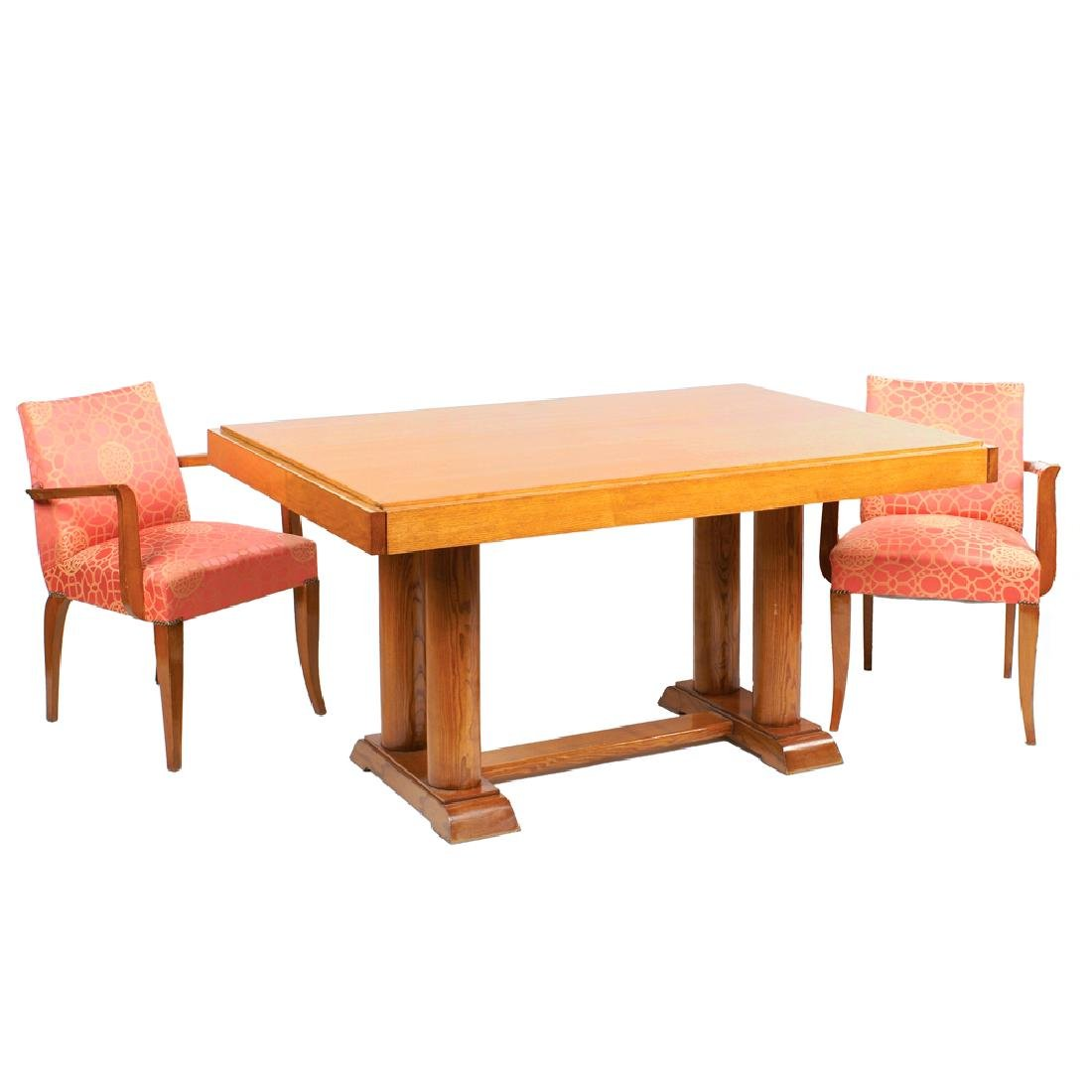 A Decò ashwood extendible table France 20th century