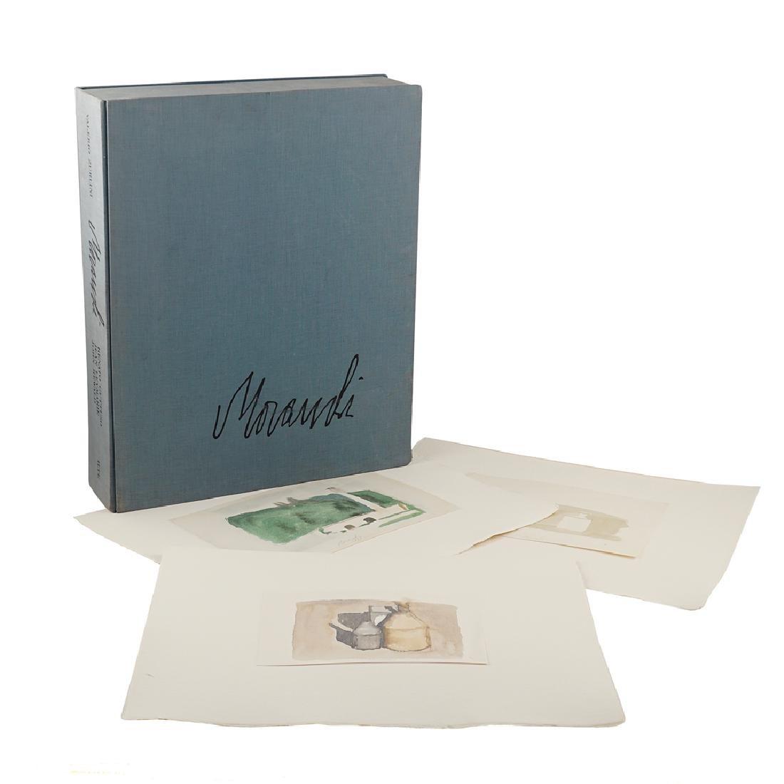 Giorgio Morandi Folder Turin 1973 52x42x11 cm.