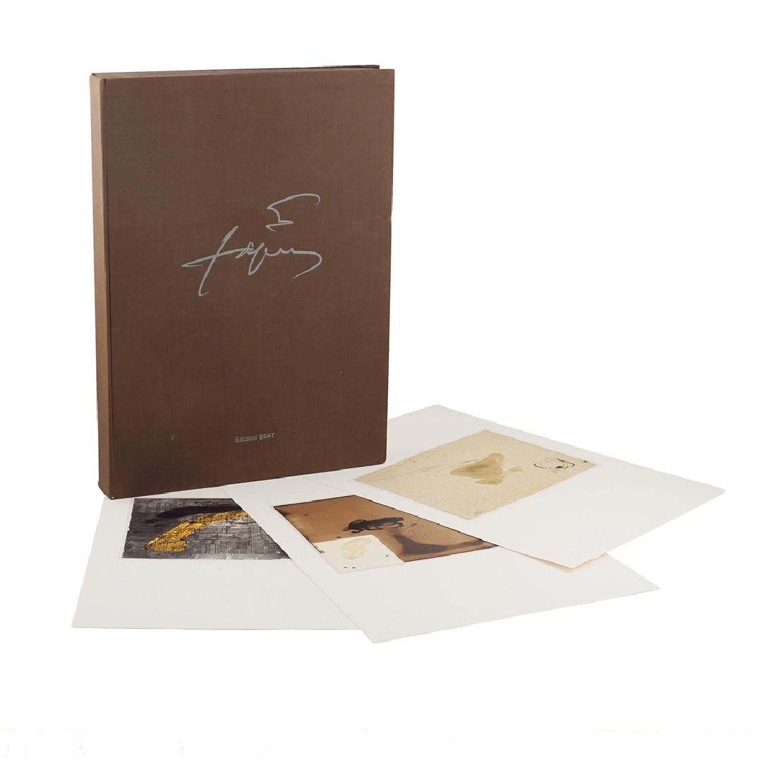 Antoni Tapies Folder Turin 1982 55x40x6 cm.