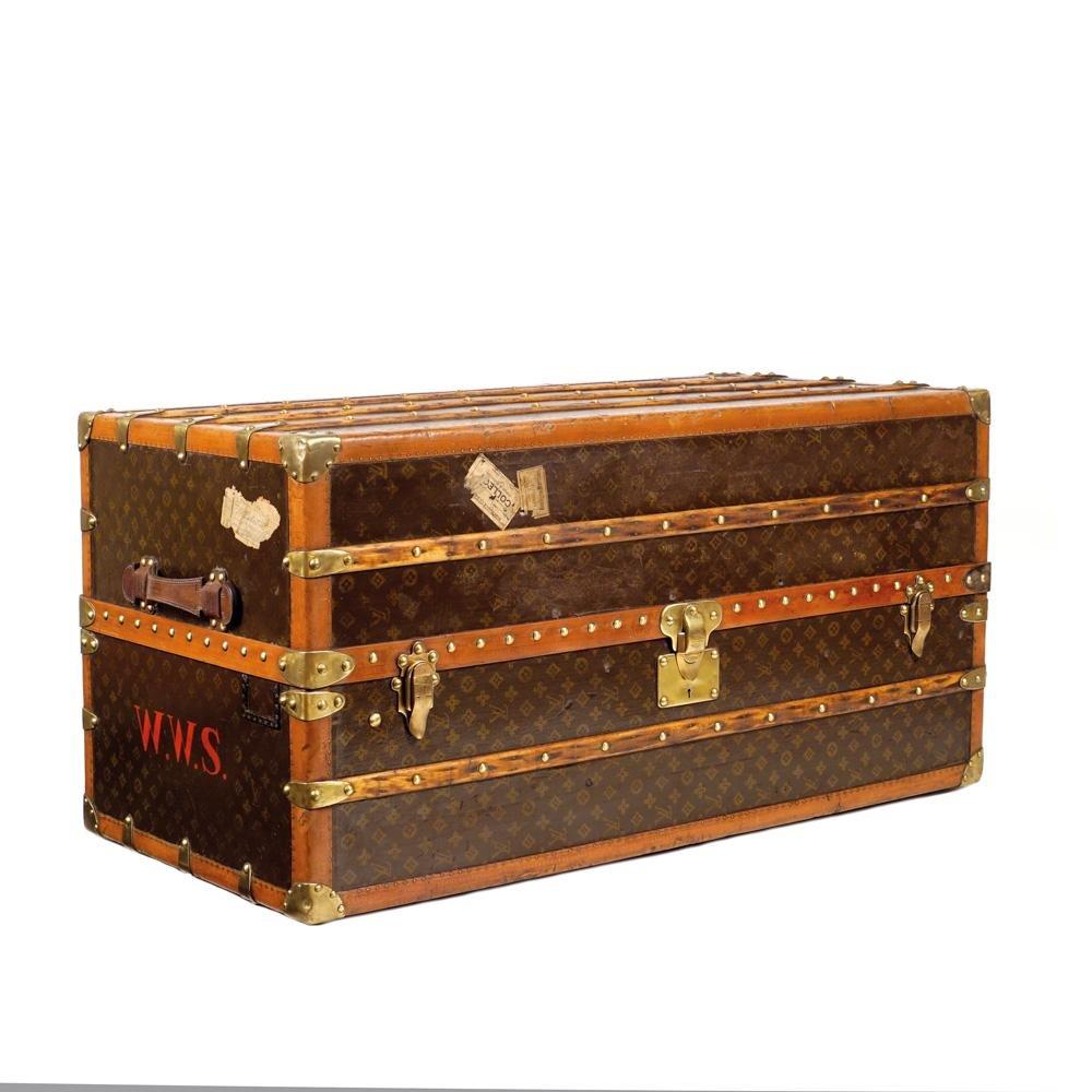 Louis Vuitton vintage, wardrobe trunk France, 1930