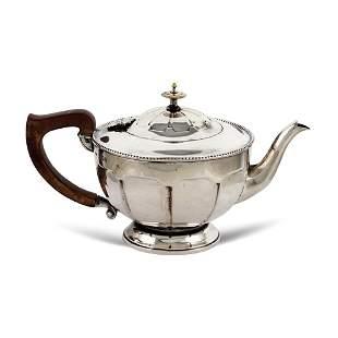 Silver teapot London 1936 weight 430 gr