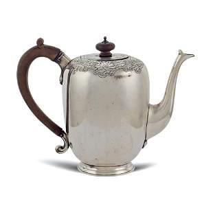 Silver teapot London 1926 weight 773 gr