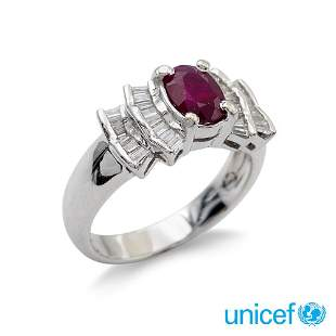 Platinum ring with oval ruby circa 1,20 ct weight 6,7