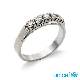 18kt white gold and diamond riviere ring weight 3,9