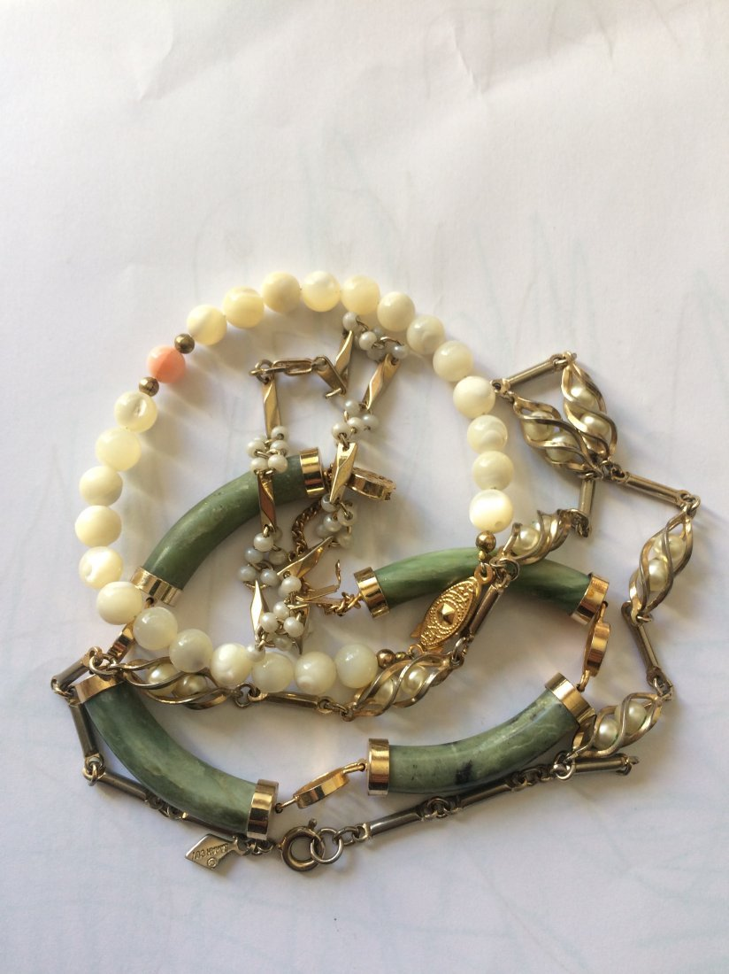 Perl Bracelet and Jade Bracelet  and Perl neckless