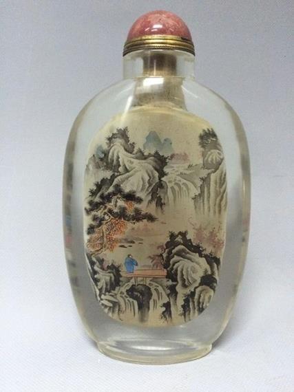 Qing Dynasty Snuff Bottle Glass