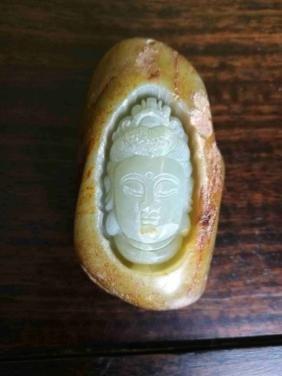 A jade buddha head