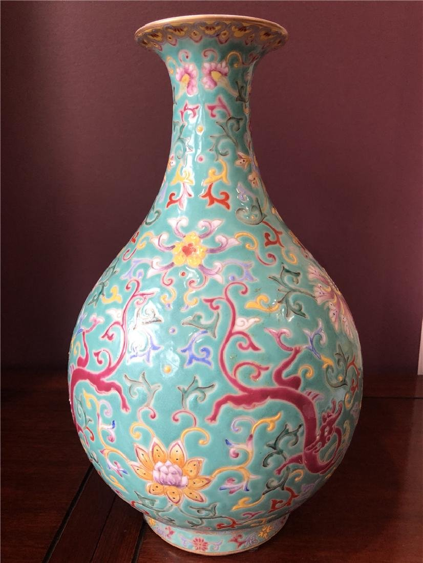 A fine Chinese blue vase