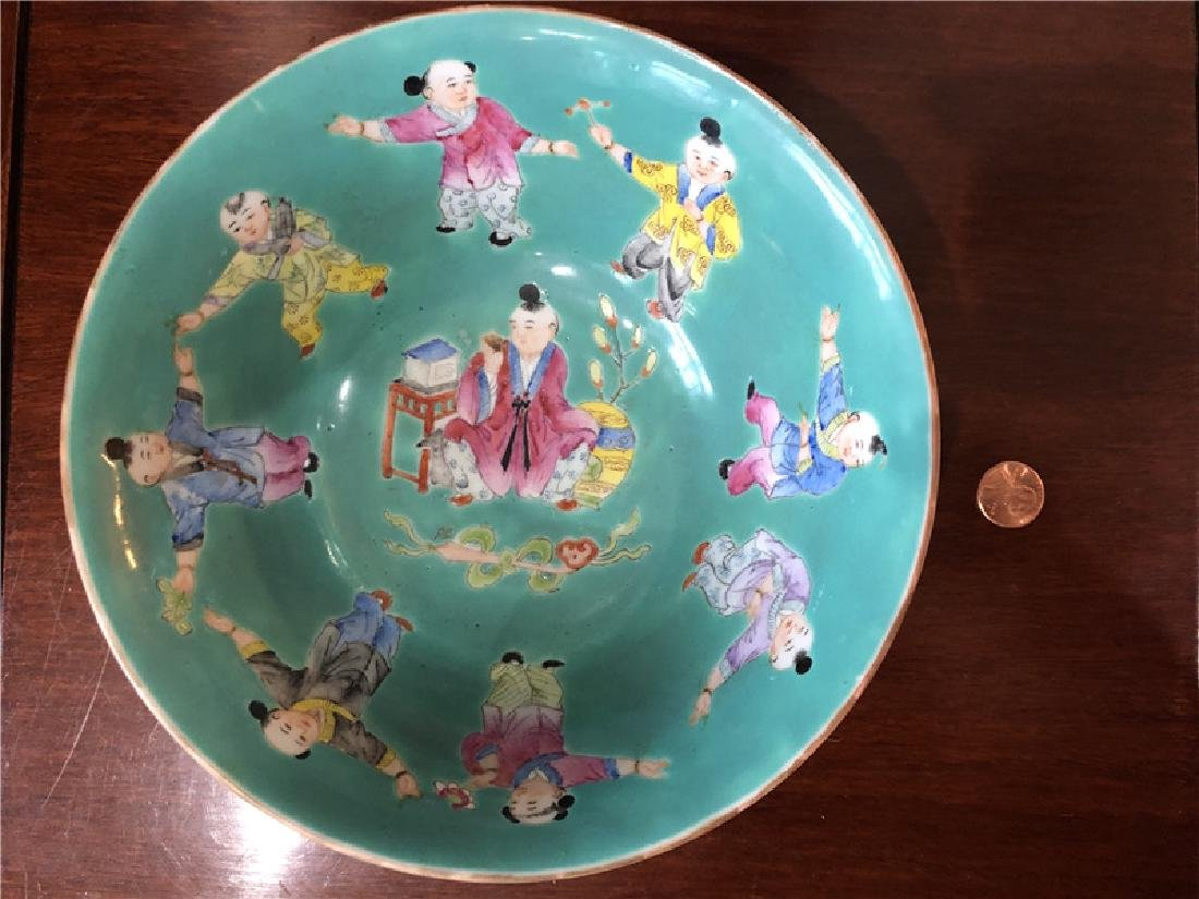 A fine Chinese green pocelain bowl with kids painting - 6