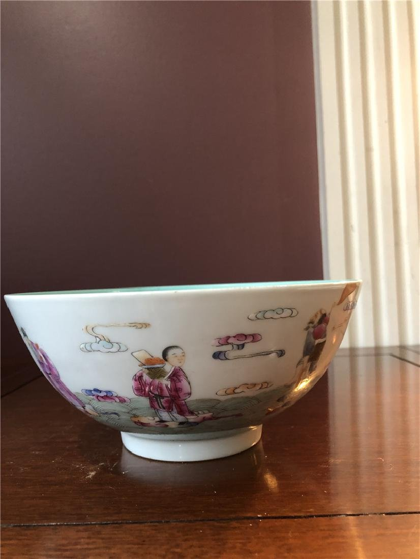 A fine Chinese porcelain bowl with painting - 5