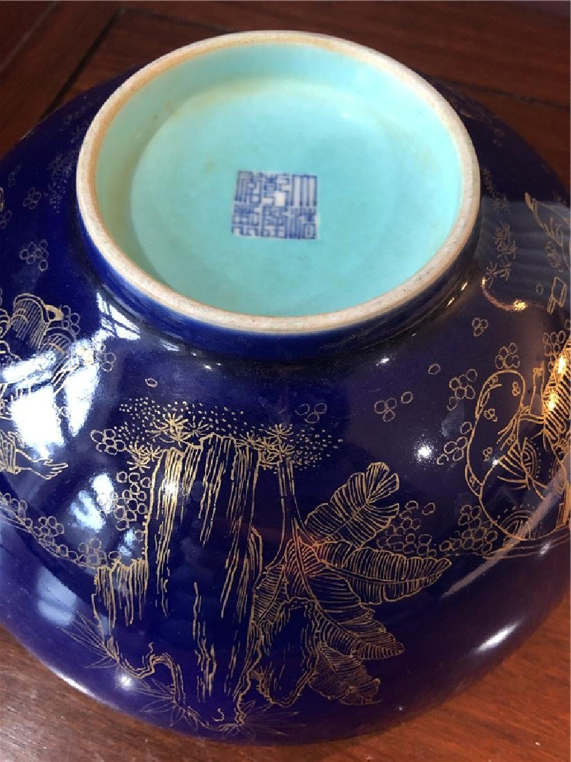 Large Chinese blue bowl with golden painting - 4