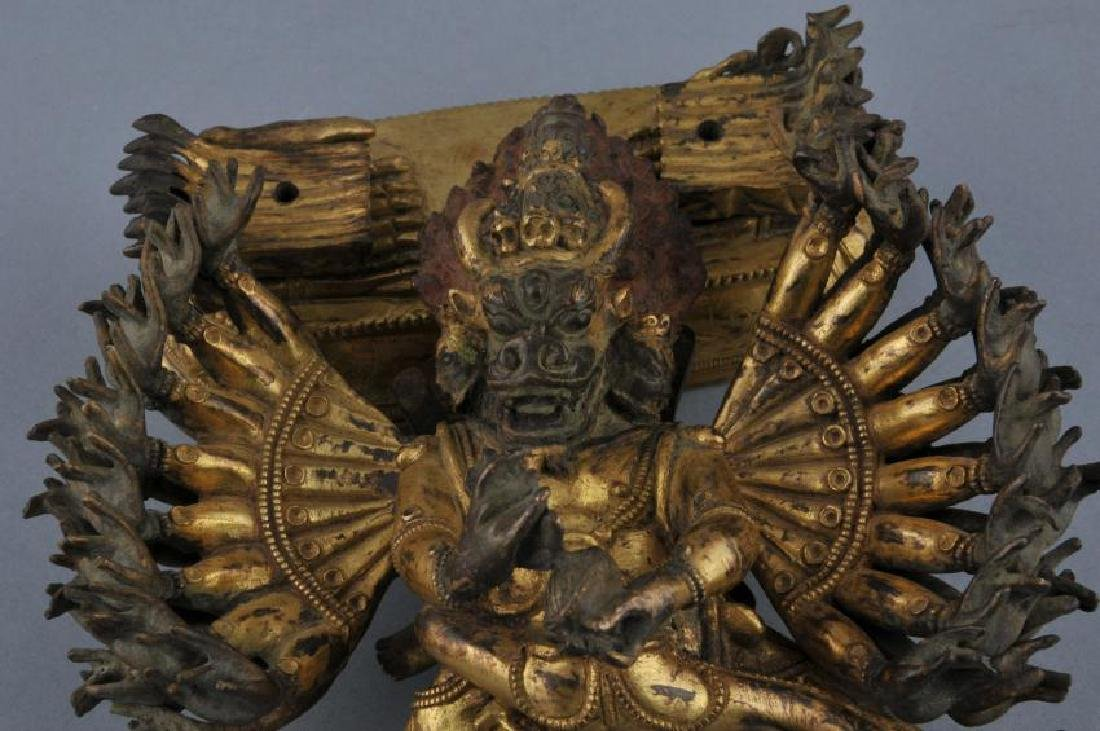 Gilt bronze image. Sino-Tibetan. 18th century. Figure - 5