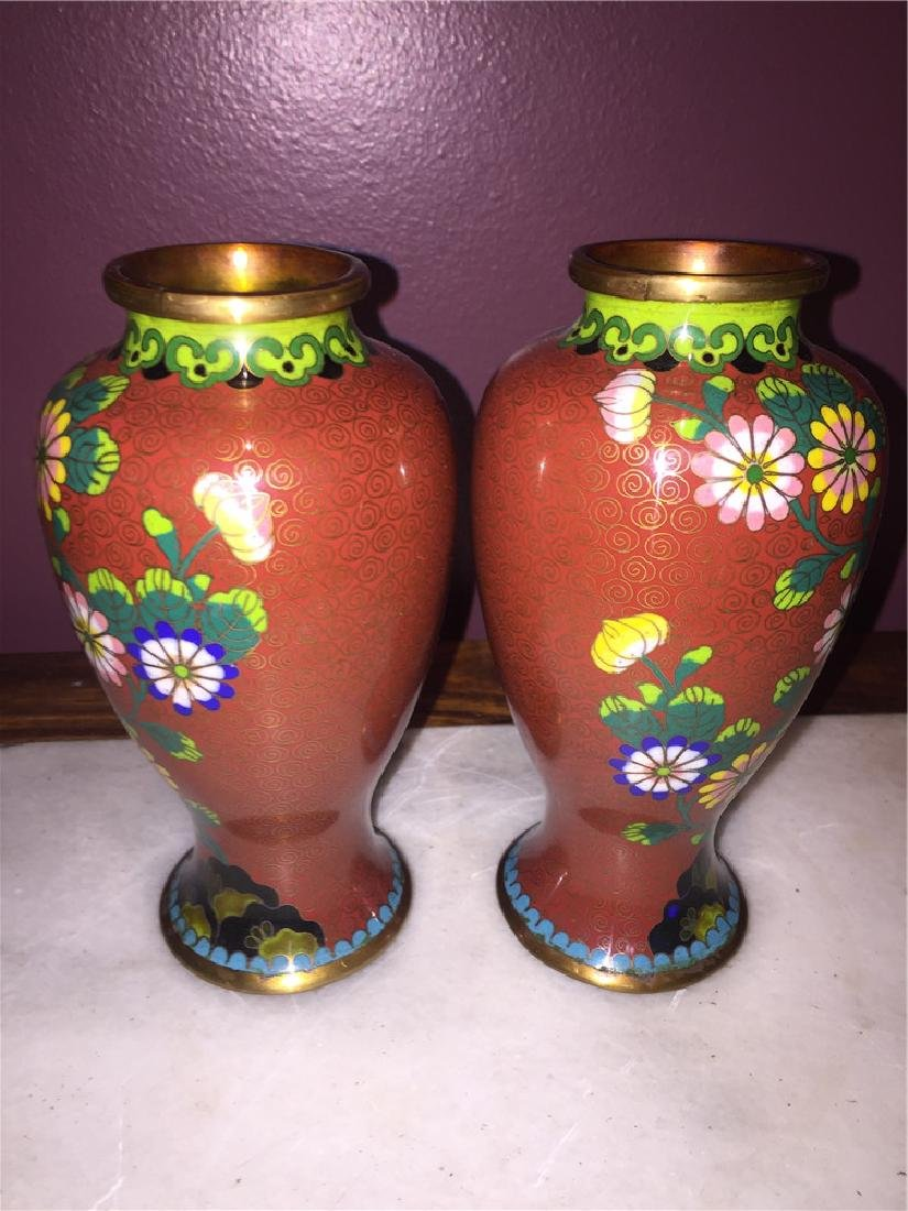 A pair of Japanese cloisonne vase painting with flower - 2