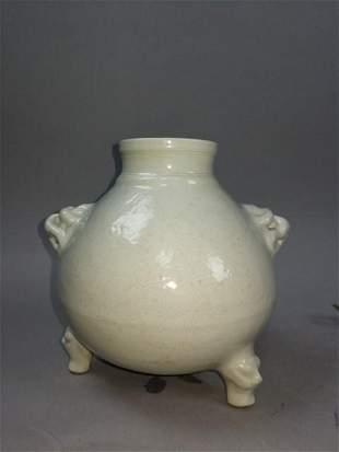 Sweet white glazed tripod fish vase with two animal