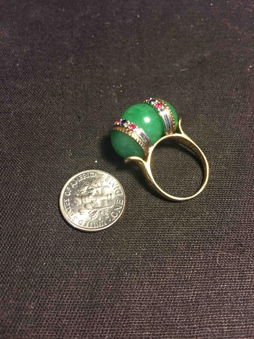 A goleden ring with jade and gem - 3