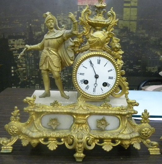 ANTIQUE BRONZE GILDED FRENCH CLOCK