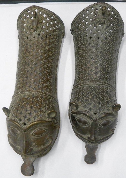 18c Indian Mughal brass pair pata sword handle gauntlet