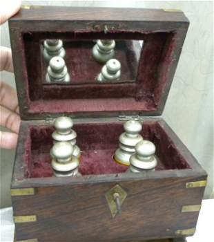 ANTIQUE PERFUME BOX 4 WOOD BOTTLES BRASS FITTTING