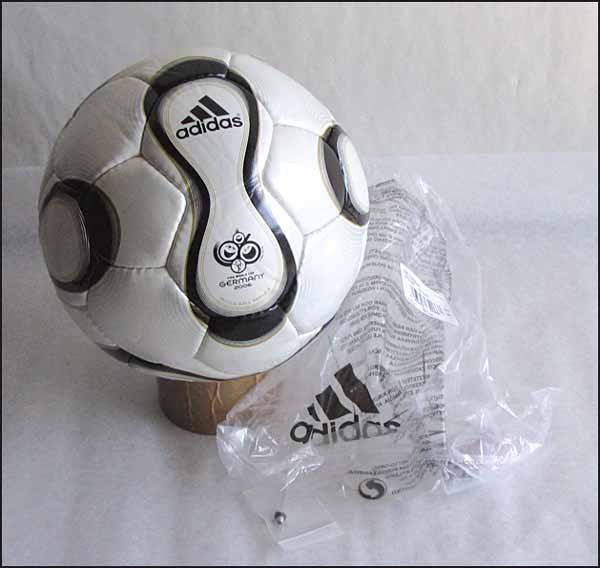 1003: World Cup 2006. FIFA-Ball