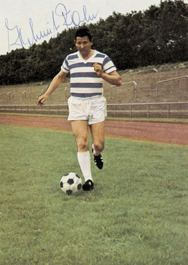 7593: Autograph Football Germany. Helmut Rahn