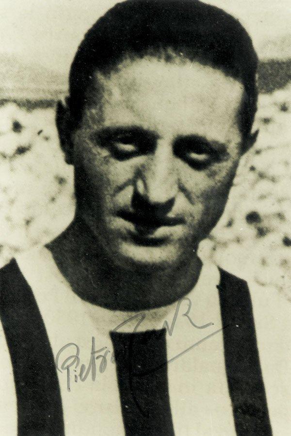 7594: Autograph WC 1938 Italy. Pietro Rava