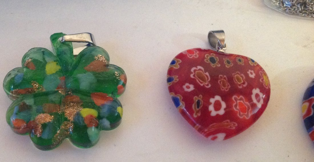 Estate lot of 5 Venetia style murano glass pendants (S) - 4
