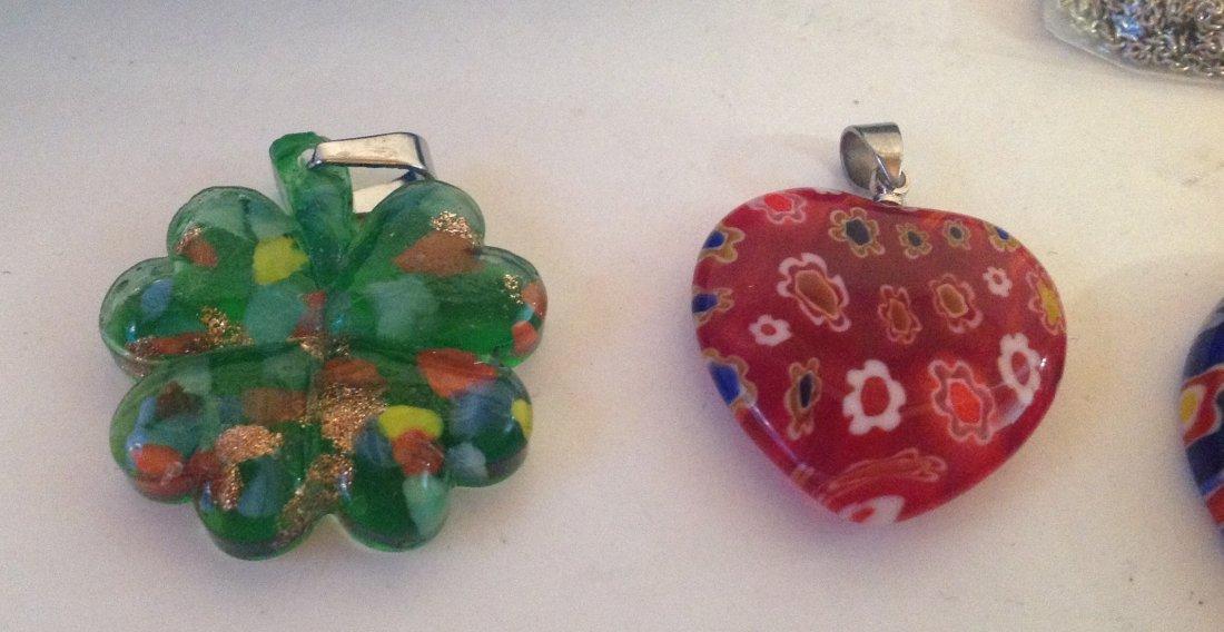 Estate lot of 5 Venetia style murano glass pendants (S) - 5