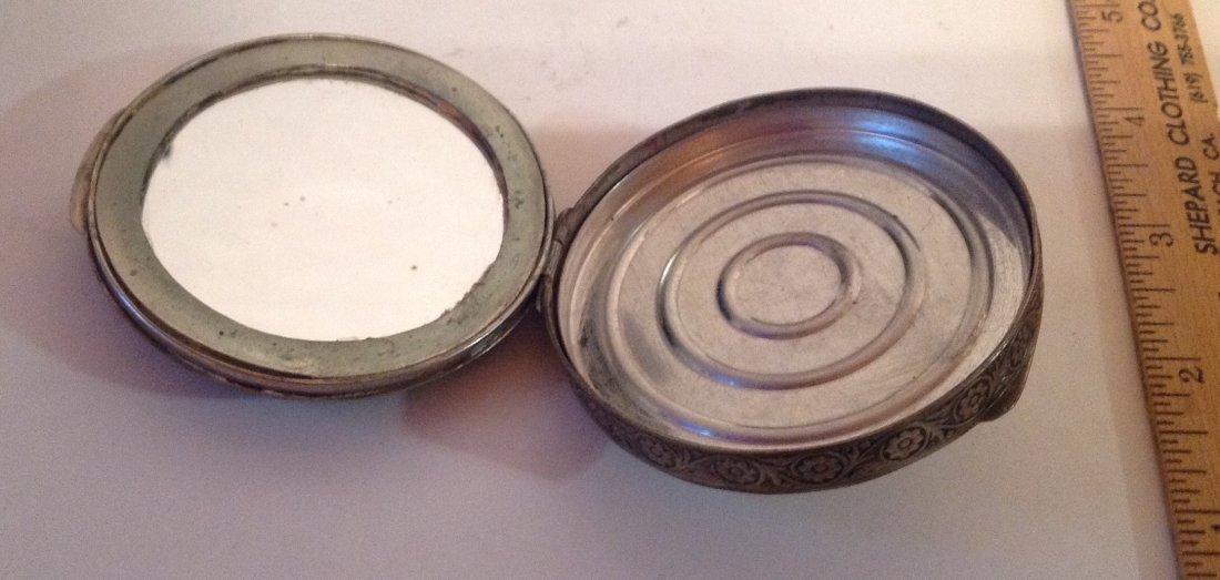 Estate vintage antique ornate silvertone compact (S) - 3
