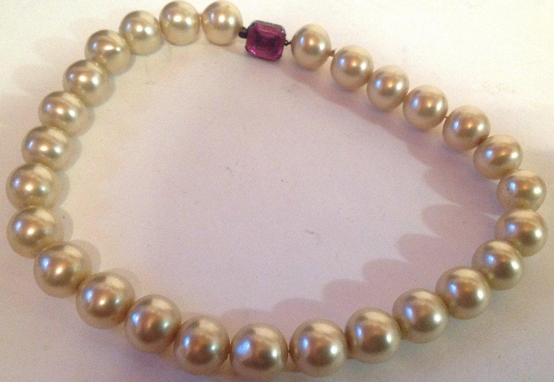 Estate vintage large pearl Sterling clasp choker (S)