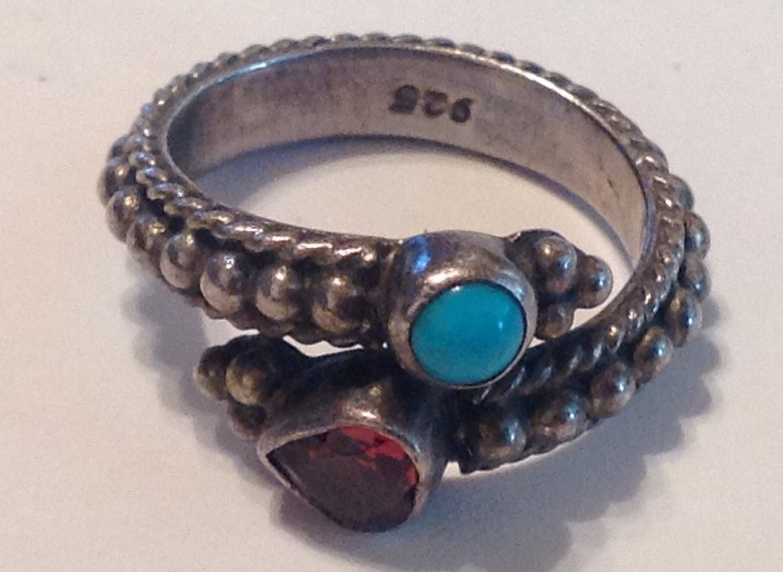 estate vintage Sterling gemstone bypass ring (S)