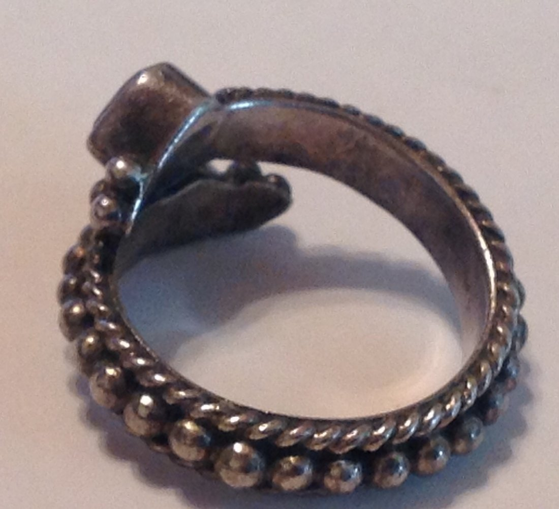 estate vintage Sterling gemstone bypass ring (S) - 2