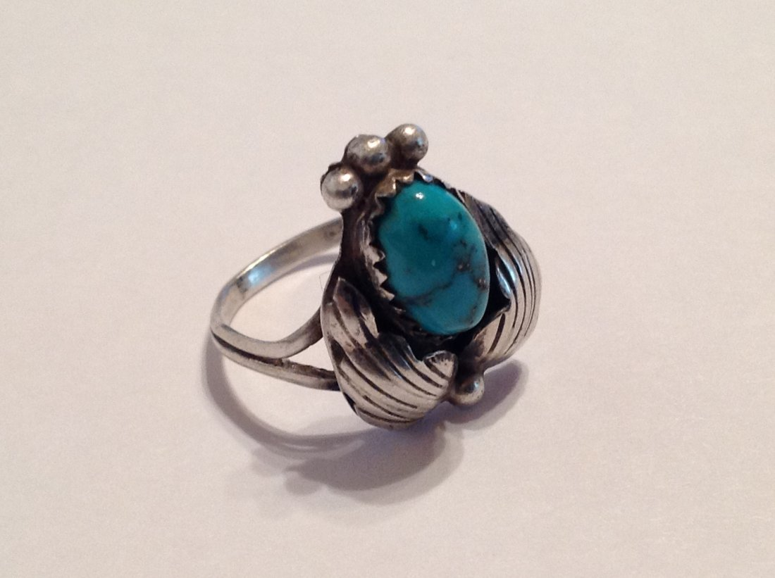 Estate native old pawn turquoise silver ring (S)