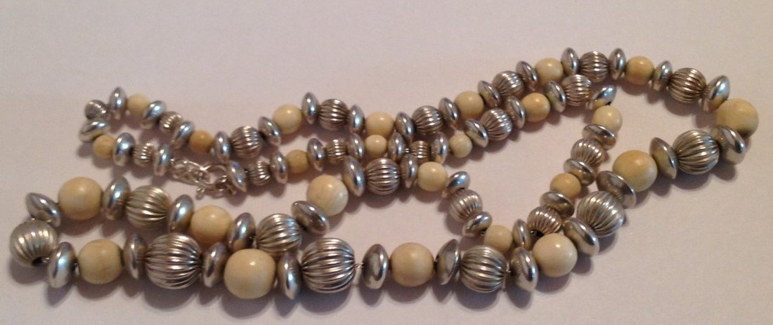 "Estate sterling Silver bone beads 18"" necklace (S)"