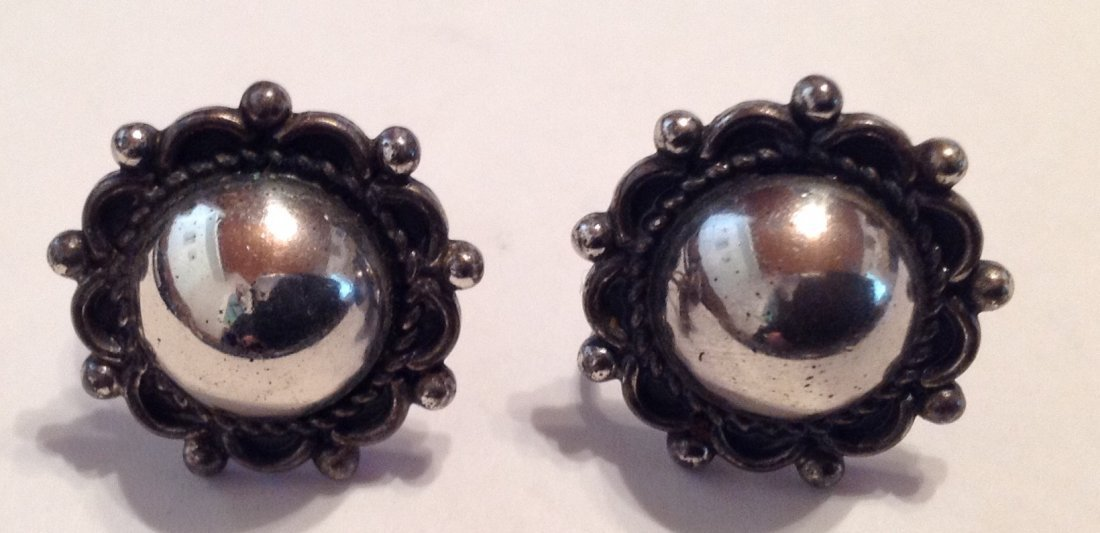 Estate Sterling silver dome button earrin   (S)